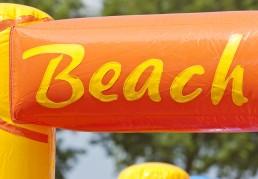 Beach tekst
